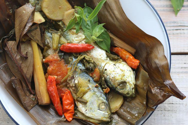 Ilustrasi pepes ikan kembung.
