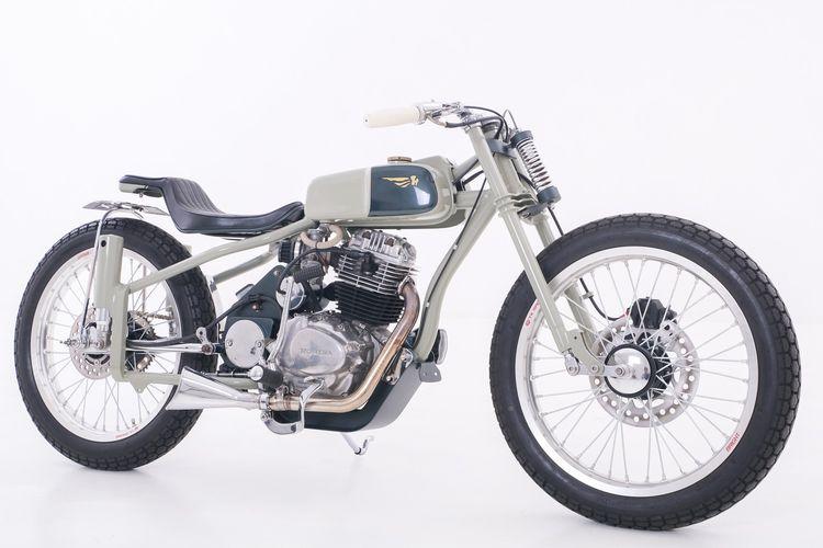 Honda CB 100 bergaya cafe racer garapan Babenk Custom