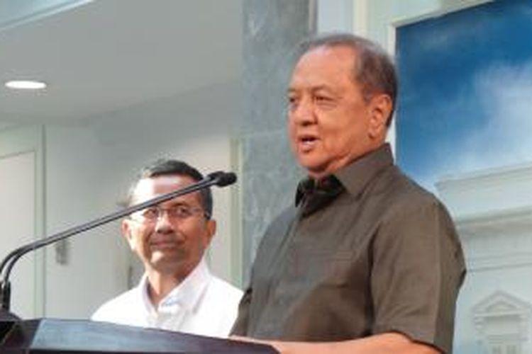 Menteri Perindustrian MS Hidayat