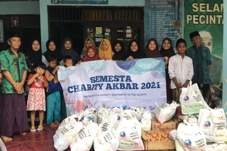 Sekolah Semesta berhasil mengumpulkan lebih dari Rp 160 juta rupiah dan telah didistribusi ke 18 panti asuhan di kota Semarang dan sekitarnya.