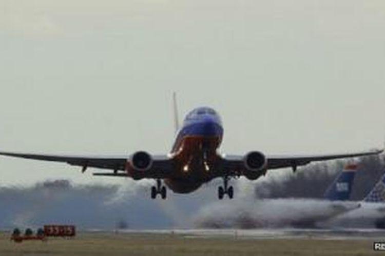 Maskapai penerbangan telah diperingatkan kemungkinan serangan bom yang diletakkan di sepatu penumpang.