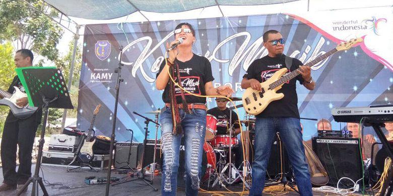 Konser ini makin memantapkan Atambua sebagai Kota Konser Cross Border. Baru digelar di dua lokasi saja, sudah mampu 2000-an penonton dan ratusan datang dari negeri Timor Leste.