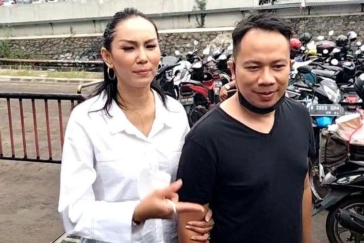 Vicky Prasetyo dan Kalina Ocktranny saat ditemui di kawasan Tendean, Jakarta Selatan, Senin (23/11/2020).