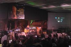 Ebiet G Ade Beri Renungan di Konser Gitaris Indonesia Peduli Negeri
