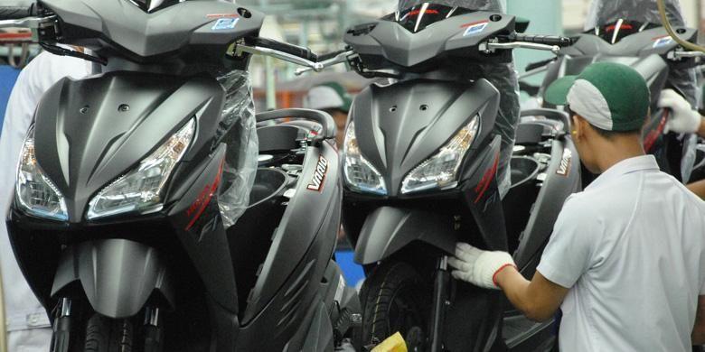 Honda Vario 110 cc kini sudah berteknologi eSP dan mengemban banyak fitur baru, termasuk warna.
