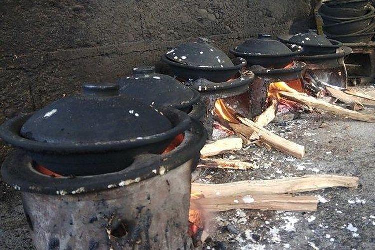 Anglo untuk masak serabi kocor di Bantul, Yogyakarta.