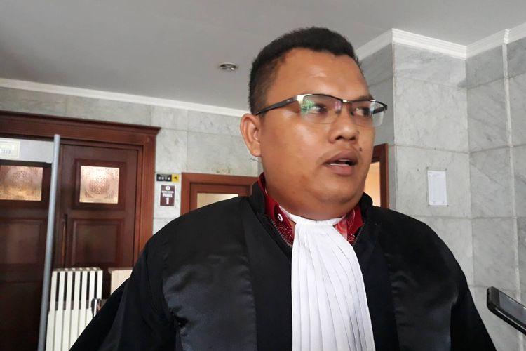 Kuasa Hukum 19 tenaga honorer, Hechrin Purba, usai persidangan di Gedung MK, Jakarta Pusat, Rabu (5/2/2020).