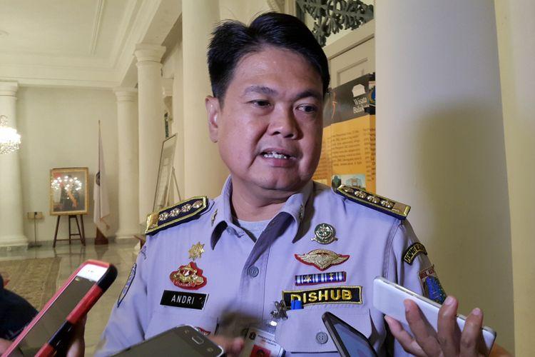 Kepala Dinas Perhubungan dan Transportasi DKI Jakarta Andri Yansyah di Balai Kota DKI Jakarta, Jalan Medan Merdeka Selatan, Senin (8/5/2017).