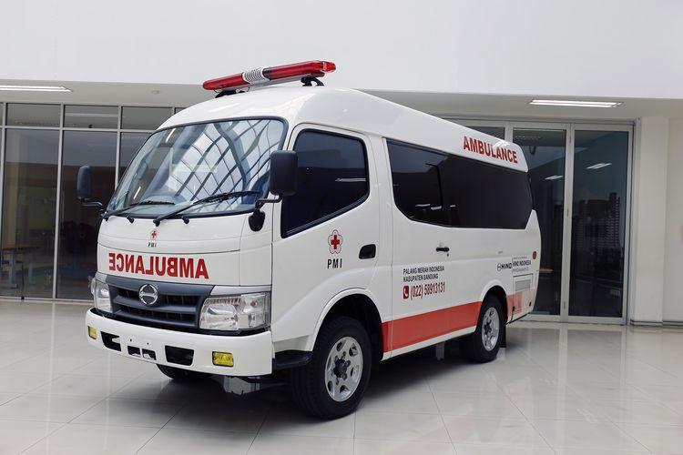 Ambulans dari Hino untuk PMI