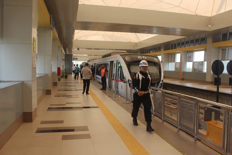 Jam operasional kereta Light Rail Transit (LRT) Palembang ditambah menjadi 78 per  jalanan untuk meningkatkan jumlah penumpang.