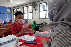 Dapat Rp 300.000 dari Pemkot Tangerang, Warga Bersyukur Akhirnya Terima Bansos