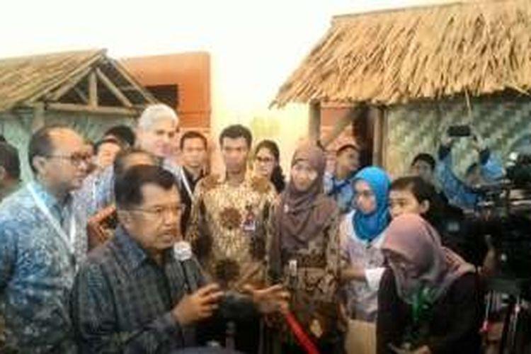 Wakil Presiden Jusuf Kalla di Gedung Balai Kartini, Jakarta, Senin (23/5/2016)