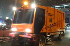 Masih Penuh Sampah Usai 'Car Free Night', Jalan Sudirman-Thamrin Tetap Dibuka