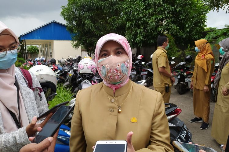 Kepala Dinas Kesehatan Kota Tangerang Liza Puspadewi ketika ditemui di RSUD Kota Tangerang, Selasa (12/1/2021) siang.