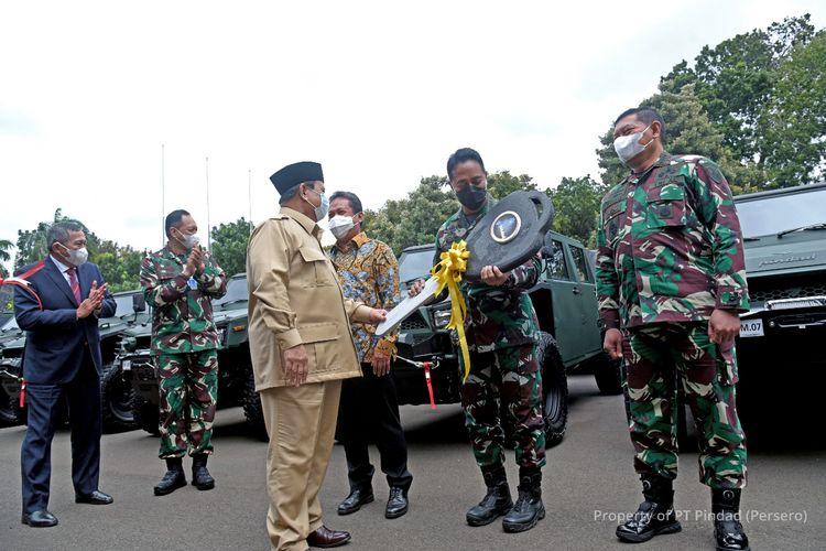 Kendaraan taktis ringan (Rantis) Maung Pindad resmi diserahkan ke TNI AD