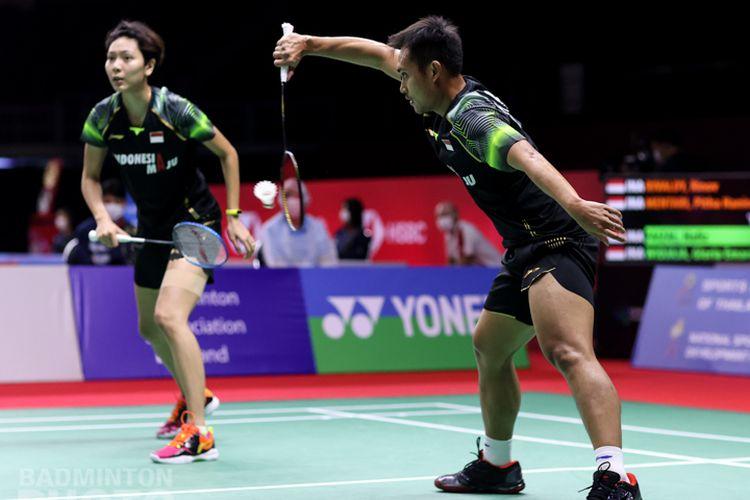 Penampilan pasangan ganda campuran Indonesia Hafiz Faizal/Gloria Emanuelle Widjaja pada Toyota Thailand Open 2021.