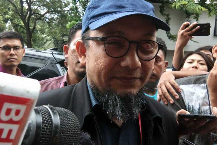 Penyidik senior KPK, Novel Baswedan, datang ke Polda Metro Jaya, Senin (6/1/2020)