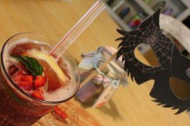 Vampire Sangria, minuman segar ala drakula di Restoran Nanny's Pavillon.