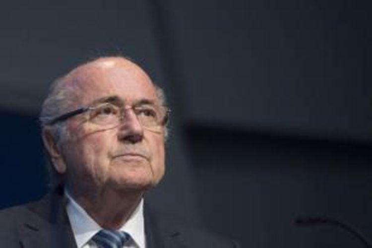 Sepp Blatter mengundurkan diri sebagai Presiden FIFA pada Selasa (2/6/2015).
