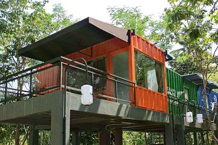 Hotel kontainer HAU Eco Lodges Citumang di Pangandaran, Jawa Barat.