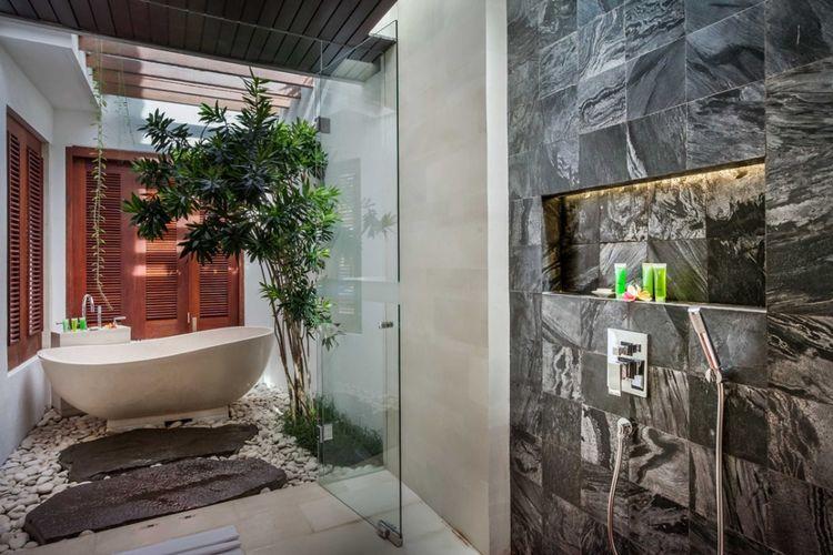 Dekorasi kamar mandi Villa Kejou di Bali karya OG Architects.