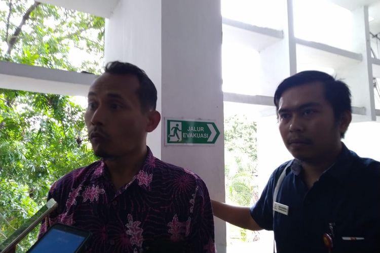 Kepala Keasistenan Pemeriksaan Ombudsman RI Perwakilan Jawa Timur Achmad Khoiruddin saat memberiikan keterangan