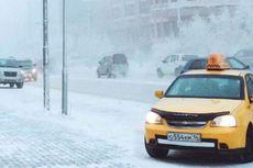 Meski Suhu Minus 53 Derajat Celcius, Anak-anak Siberia Tetap Bersekolah