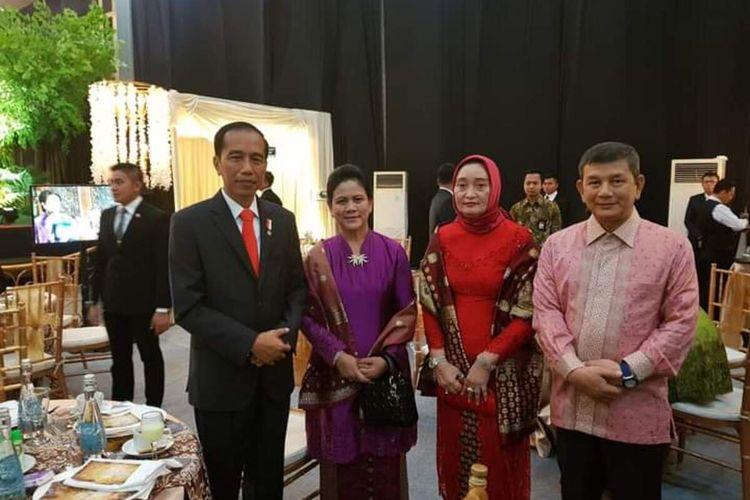 Doli Sinomba Siregar, paman dari menantu Presiden Jokowi, Bobby Nasution. Doli sempat digadangkan akan maju sebagai Bakal Calon Bupati pada Pilkada 2020 di Kabupaten Tapanuli Selatan, Sumatera Utara dan mendapat dukungan dari DPP Partai Nasdem dan Hanura. Namun dengan alasan permintaan keluarga dan etika politik, Doli mengundurkan diri dari bakal pencalonan.