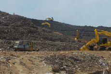 Pemulung di Bantargebang, Sehari 5 Kali Mendaki Bukit Sampah
