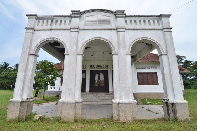 ILUSTRASI - Istana Karang Aceh Tamiang