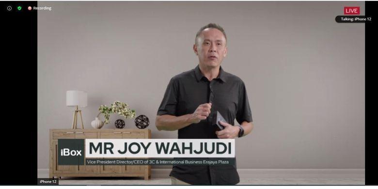 Vice President Director CEO of 3C and International Business Erajaya Plaza, Joy Wahjudi dalam acara peluncuran iPhone 12 di Indonesia yang digelar secara online, Jumat (18/12/2020)