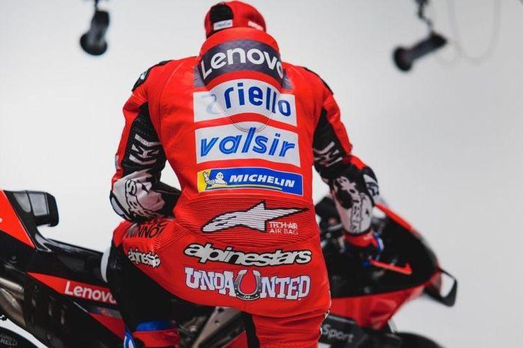 Baju balap Andre Dovizioso
