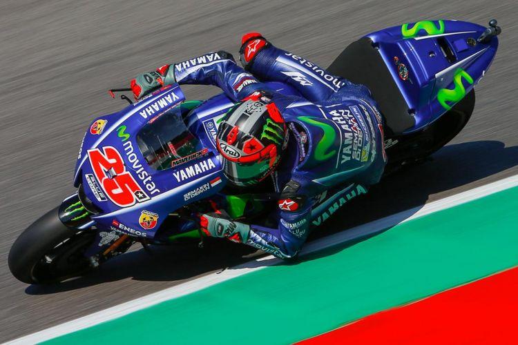 Pebalap Movistar Yamaha MotoGP asal Spanyol, Maverick Vinales, mamacu motornya pada hari kedua GP Italia di Autodromo del Mugello, Sabtu (3/6/2017).