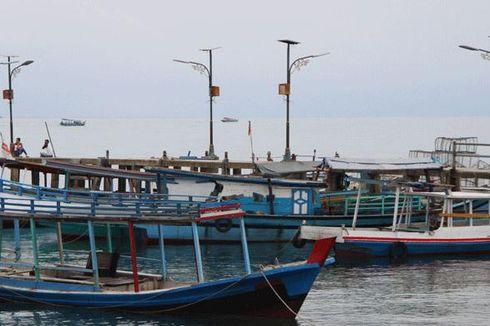 Jelajahi Belitung dengan Perahu