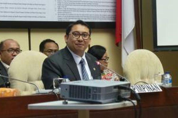 Wakil Ketua DPR Fadli Zon memimpin rapat pemilihan dan penetapan pimpinan di Komisi II DPR, Kompleks Gedung Parlemen, senayan, Jakarta, Rabu (29/10/2014).