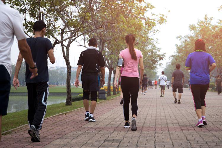Selain menurunkan kadar glukosa darah, manfaat jalan kaki untuk penderita diabetes juga untuk meningkatkan sensitivitas tubuh terhadap insulin, sehingga dapat melawan resistensi insulin.