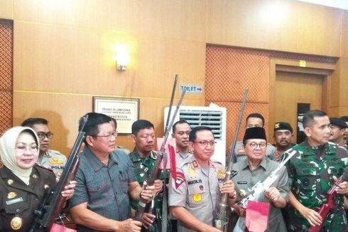 Petugas Bongkar Paksa Markas Komplotan SMB di Jambi