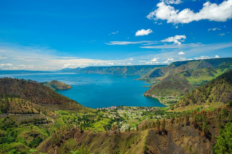 Destinasi wisata Danau Toba.