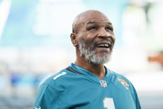 Sudah Jadi 'Orang Baik', Mike Tyson Disarankan Tak Kembali Bertinju