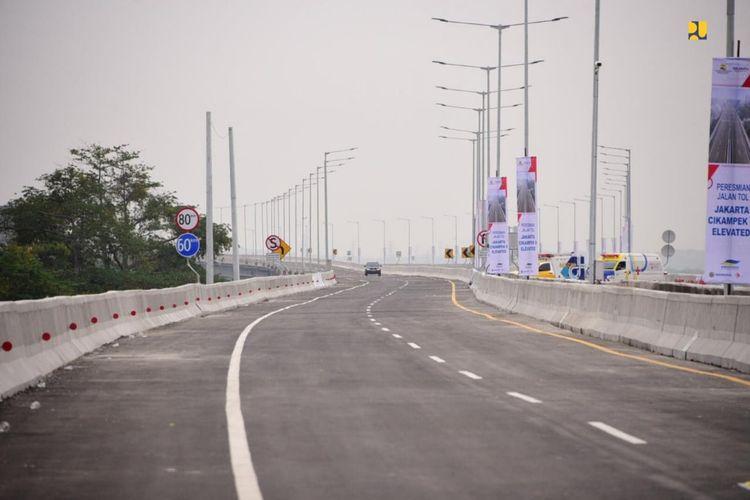 Jalan Tol Layang Jakarta-Cikampek memiliki beberapa fitur keselamatan untuk keadaan darurat.