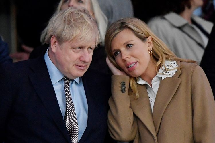 PM Boris Johnson dan tunangannya, Carrie Symonds.
