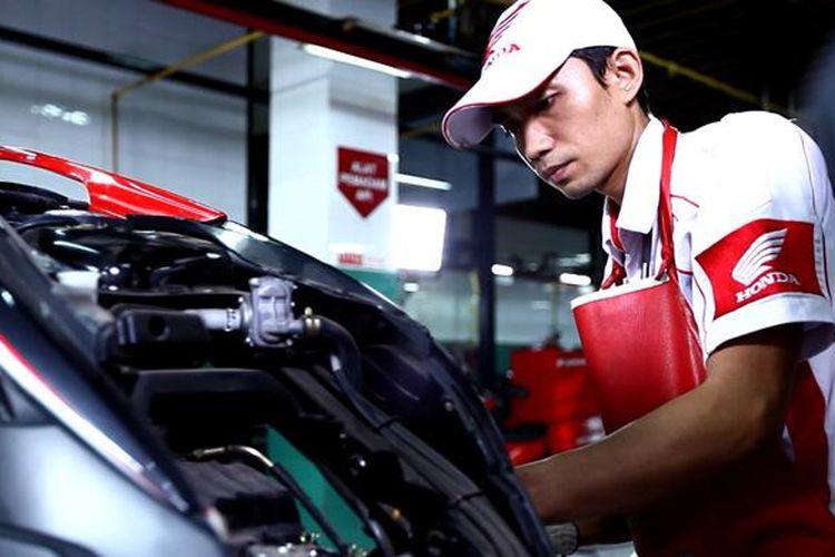 Bengkel di Astra Motor, hadirkan program khusus untuk wanita.