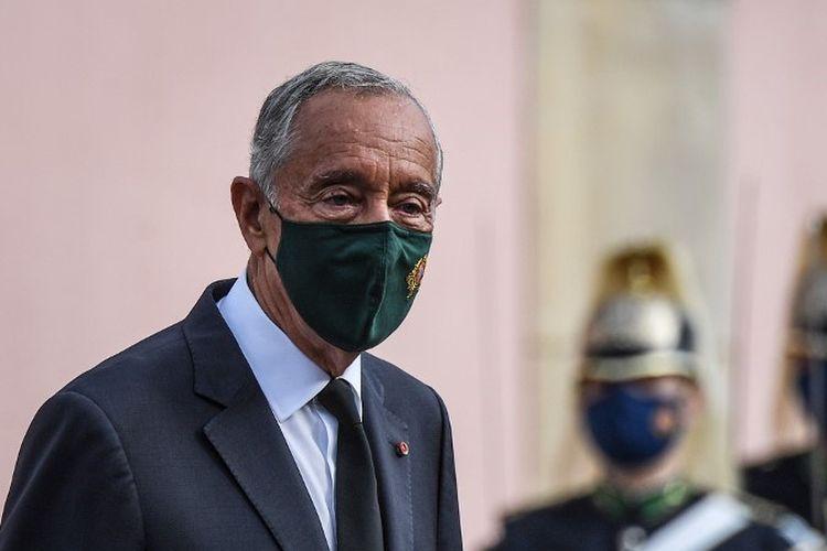 Presiden Portugis Marcelo Rebelo de Sousa dinyatakan positif mengidap virus corona dan harus membatalkan seluruh agenda publiknya dua minggu sebelum pemilihan presiden pada 24 Januari 2021,