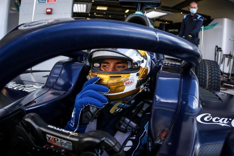 Sean Gelael Race 1 F2 Inggris