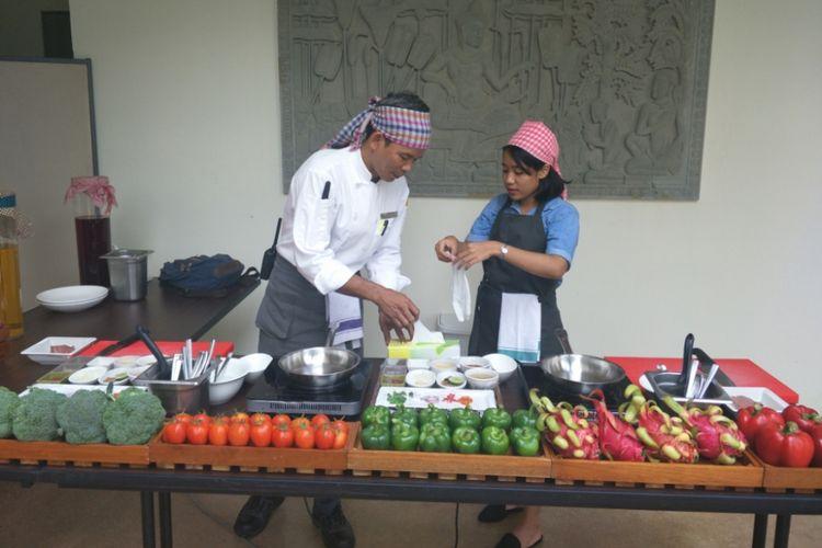 Kompas.com saat mengikuti kelas memasak lok lak di Marriott Siem Reap Resort, Kamboja.