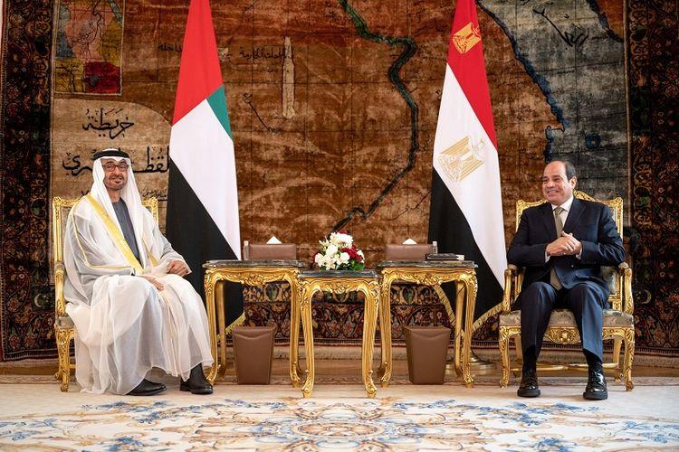 Presiden Mesir Abdel Fattah El Sisi bersama Putra Mahkota Abu Dhabi UEA, Mohammen bin Zayed, Rabu (16/12/2020) di Kairo, Mesir.