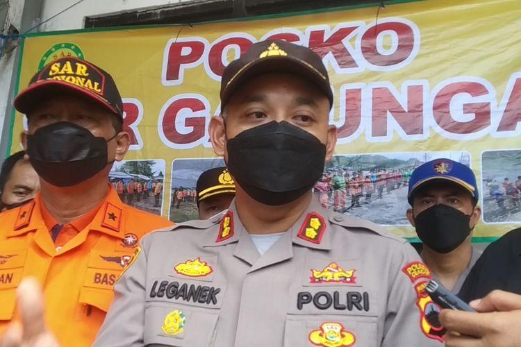 Kapolres Cilacap AKBP Leganek Mawardi di Dermaga Wijayapura, Cilacap, Jawa Tengah, Jumat (17/9/2021).