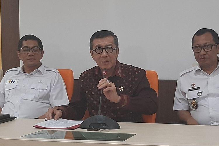 Menteri Hukum dan HAM Yasonna Laoly menyampaikan permohonan maaf di Kantor Kemenkumham, Rabu (22/1/2020).