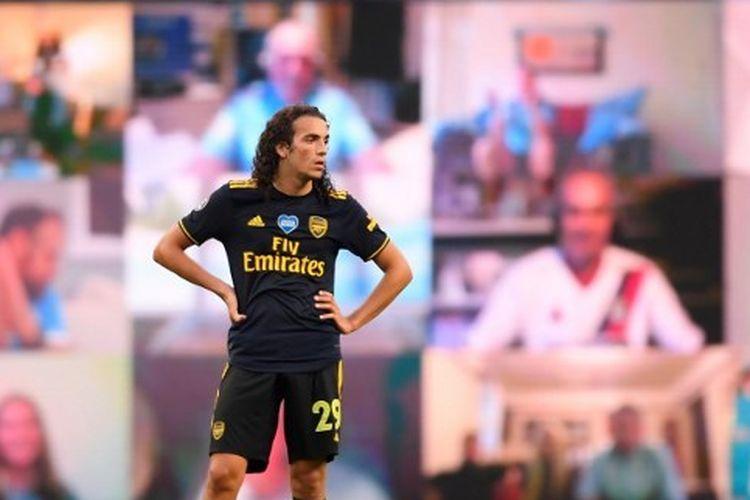 Gelandang Arsenal, Matteo Guendouzi, kala melakoni blaga kontra Manchester City, Kamis (18/6/2020).