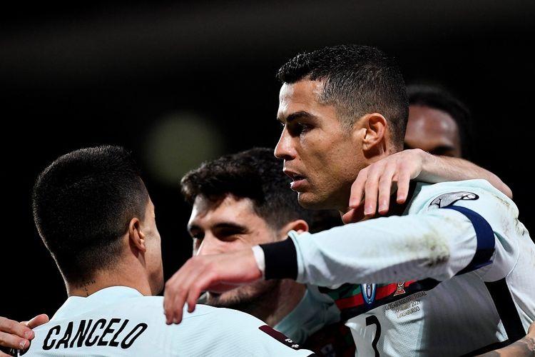 Penyerang Portugal, Cristiano Ronaldo, merayakan golnya ke gawang Luksemburg pada laga lanjutan Kualifikasi Piala Dunia 2022 di Stadion Josy-Barthel, Rabu (31/3/2021) dini hari WIB.